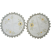 Pair Yellow Cream and White Daisies Arts & Crafts Embroidery Linen Round Doilies