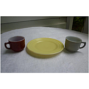 Moderntone Little Hostess Cups and Plate Set of 3
