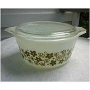 Spring Blossom Green Pyrex Cinderella 1 1/2 Quart Casserole Dish with Lid 474-B