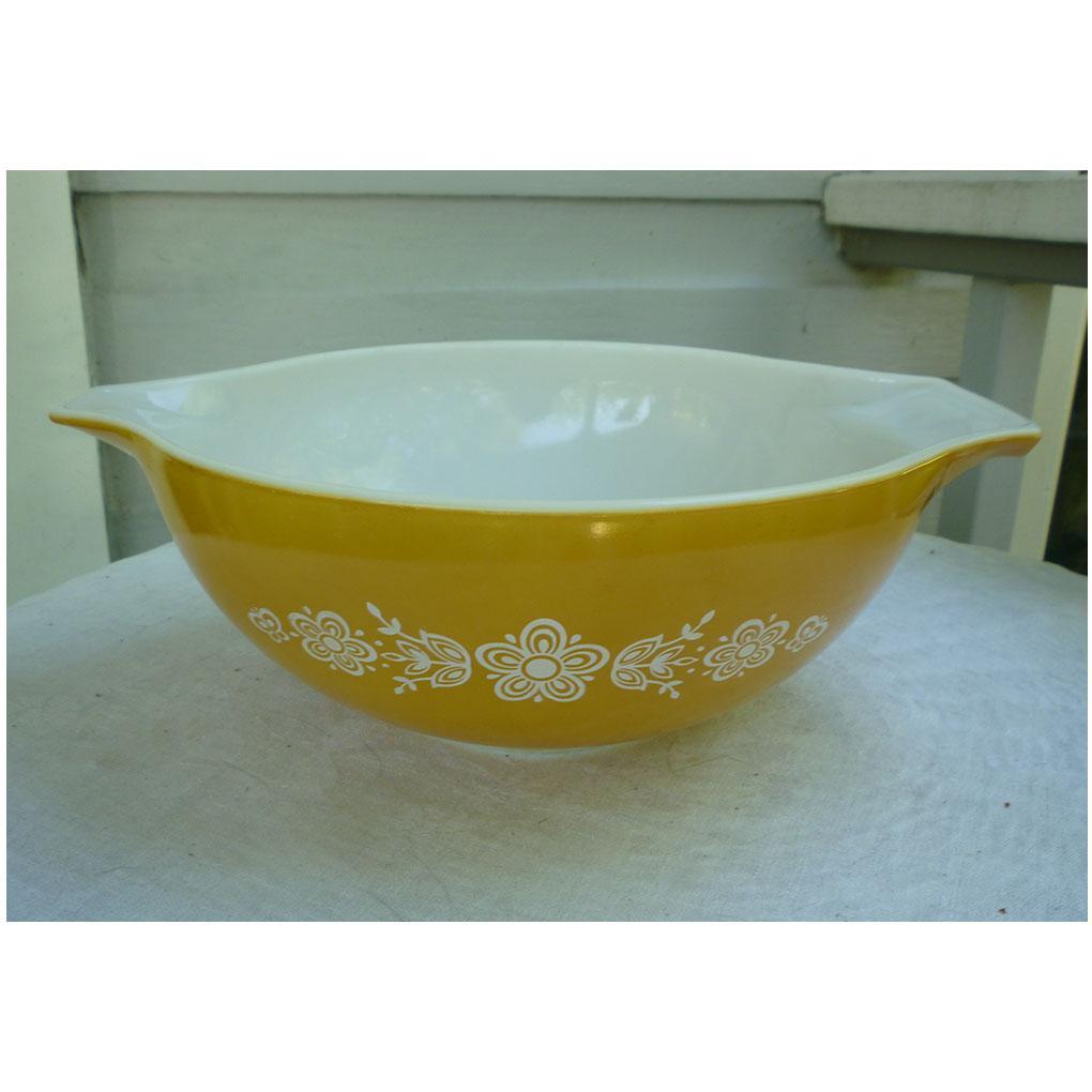 Pyrex Butterfly Gold 1 Pattern 4 Qt Cinderella Mixing Bowl 444