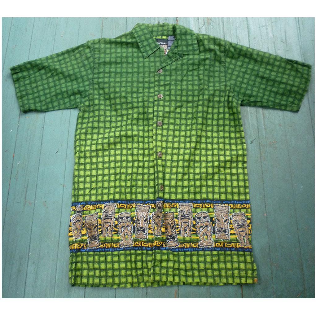 No Boundaries Small & Tall Short Sleeve Aloha Hawaiian Shirt Green with Tiki Border