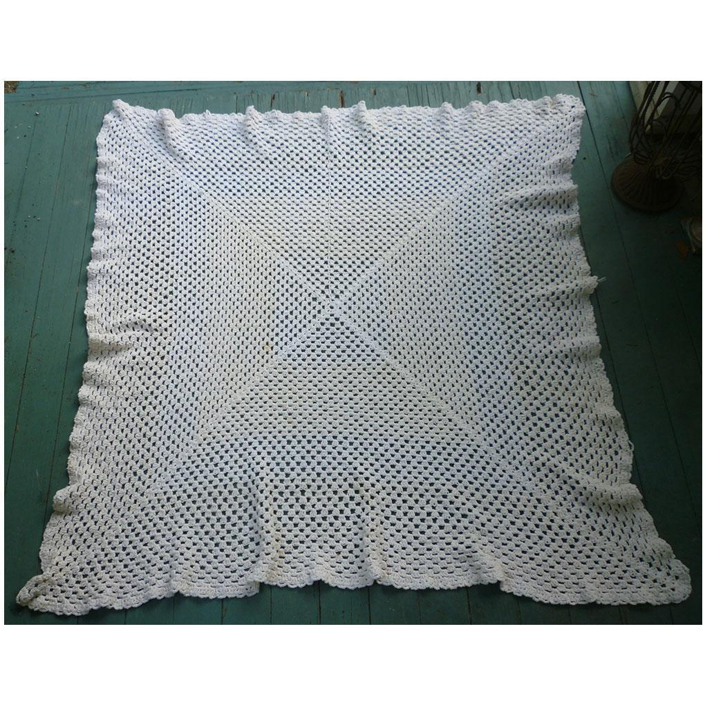Creamy Crochet Square Tablecloth