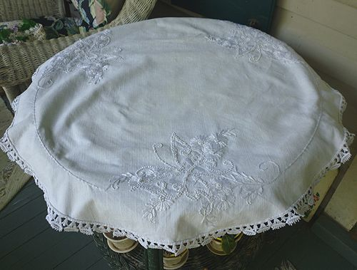 Floral and Butterflies Embroidered Linen Society Round Centerpiece