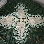 Jade Green Edging White Pineapple Crochet Centerpiece