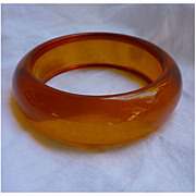 Honey Tangerine Chunky Prystal Bakelite Bangle Bracelet