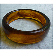 Sweet Rootbeer Swirl Lucite Chunky Bangle Bracelet
