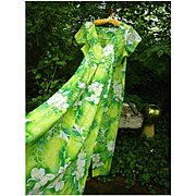 Hukilau Fashions Orchids Print Hawaiian Ladies Maxi Pake Dress