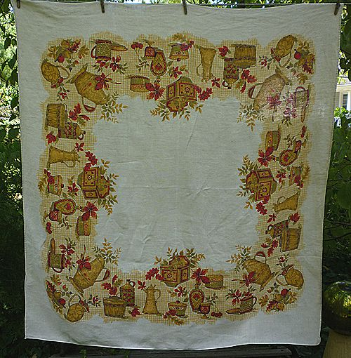 Mellow Fall Fruits Leaves Print Linen Tablecloth