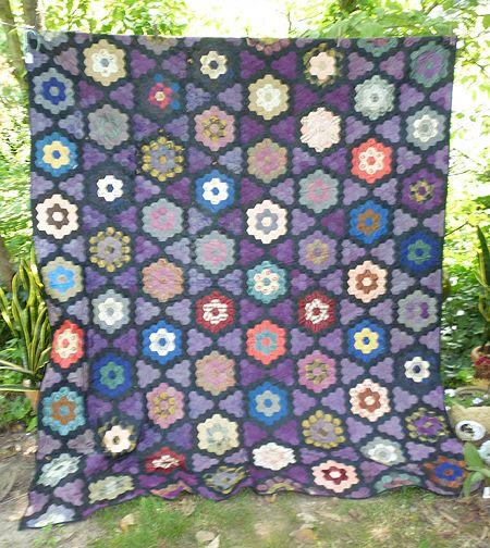 Honeycomb grandmother s flower garden antique silk quilt sold on ruby lane for Grandmother flower garden quilt pattern variations