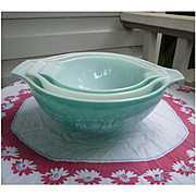 Pyrex Amish Farmer Butterprint Cinderella Mixing Bowls Set