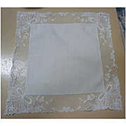 Fine White Linen Flowers and Bows Lace Wide Border Handkerchief