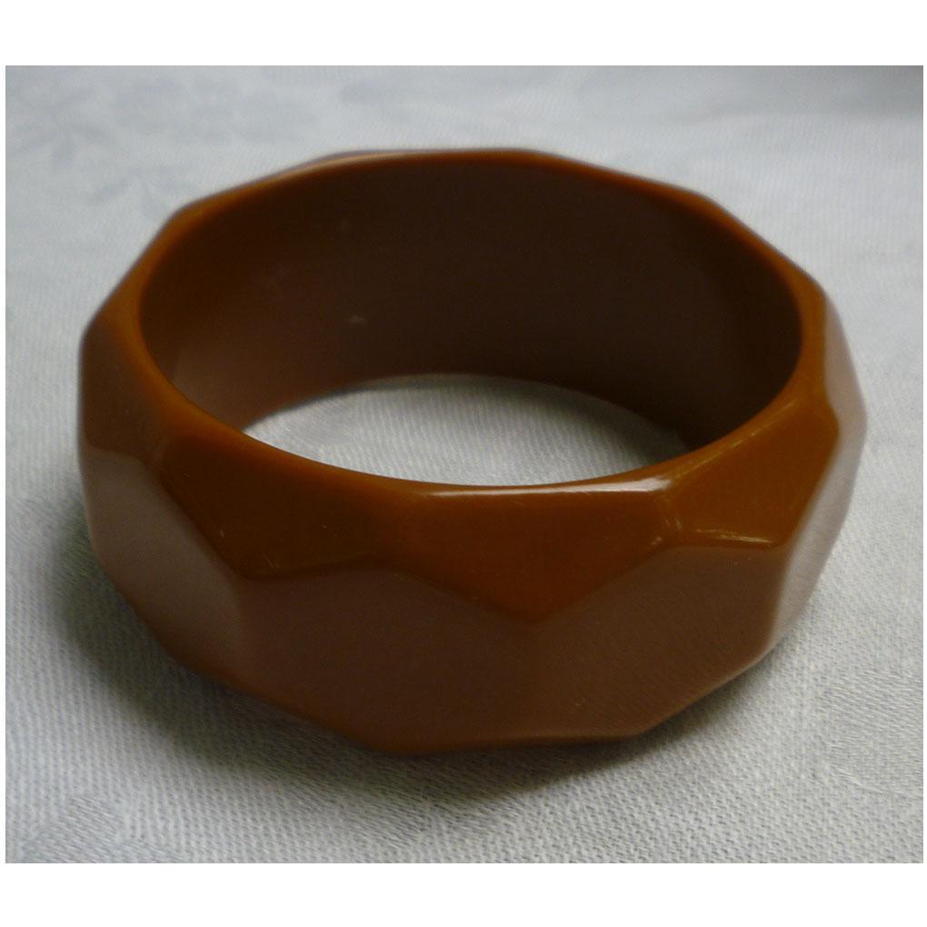 Rich Caramel Hexagon Faceted Chunky Hard Plastic Bangle Bracelet