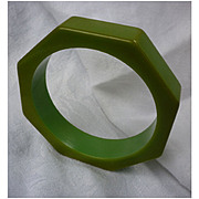 Great Green Octagon Chunky Bakelite Bangle Bracelet