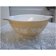Sandalwood Pyrex Cinderella Mixing Bowl 442 1 ½ Quart