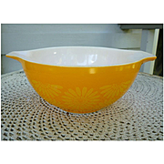 Daisy Sunflower 442 Cinderella Mixing Bowl 1 ½ Qt