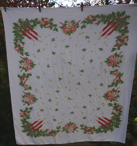 Holly Candles Bows Ornaments Vintage 50's Xmas Tablecloth