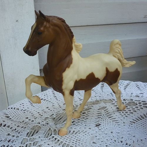 Project Universe Chestnut Pinto Five Gaiter Vintage Breyer Horse