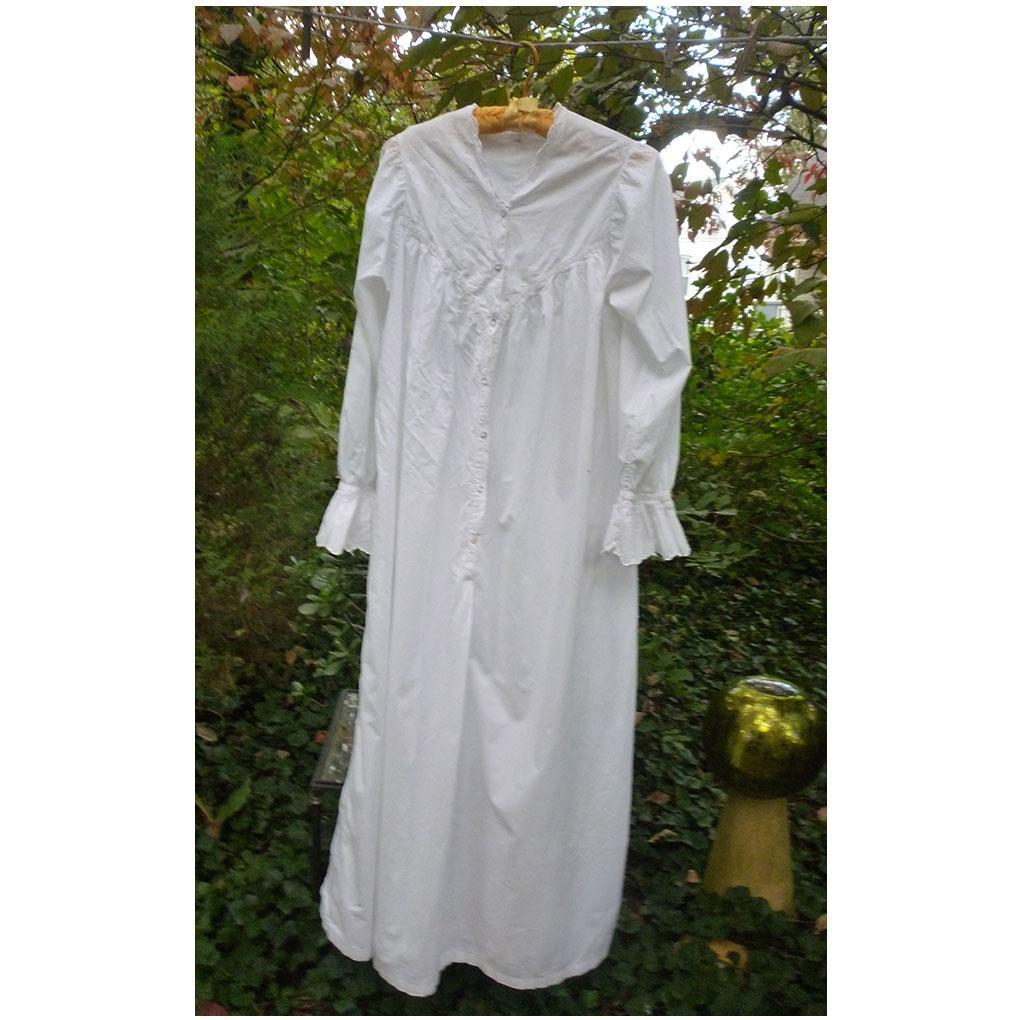 Fine White Cotton and Lace Victorian Ladies Nightgown