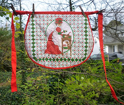 Arline Christmas Baking Lady Quilted Apron 1980
