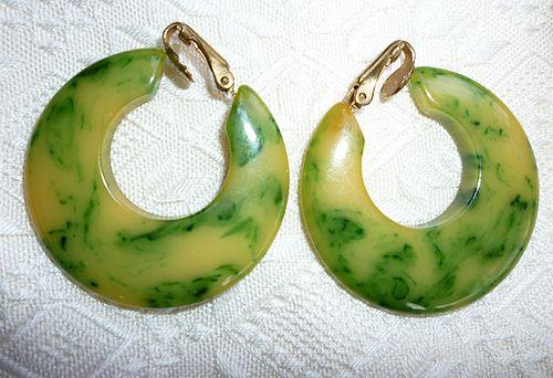 Cream Corn and Spinach Bakelite Hoop Clip Earrings