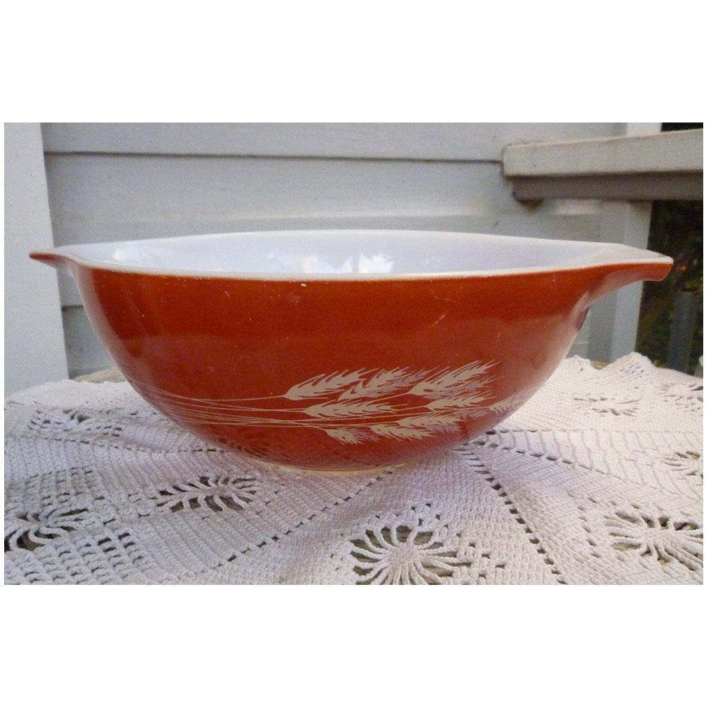 Pyrex Autumn Harvest Pattern Cinderella Mixing Bowl 444