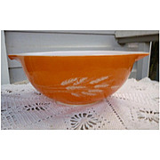Pyrex Autumn Harvest Pattern Cinderella mixing bowl #443