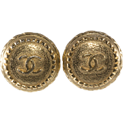 CHANEL CC Logo Round Earrings