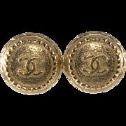 CHANEL CC Logo Round Earrings