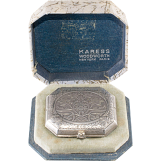 Karess Woodworth Silver Plated Powder Compact in Box