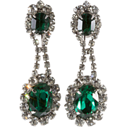 Napier Emerald Green Clear Rhinestone Dangle Earrings 1960s