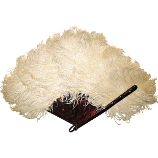 1920's White Ostrich Feather Fan