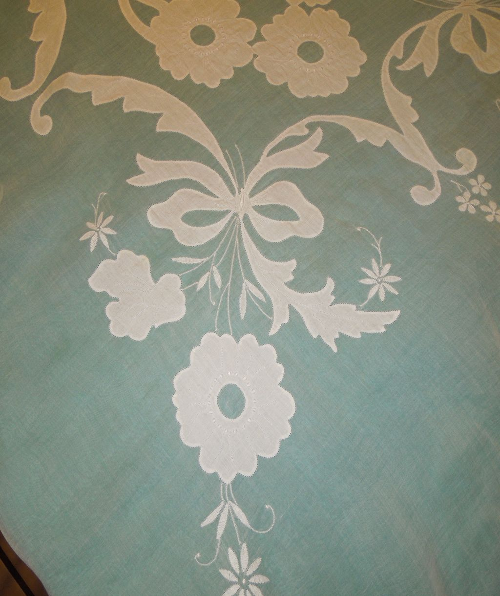Applique designs for tablecloth - Roll Over Large Image To Magnify Click Large Image To Zoom