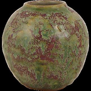 Tessa Kidick Vase - Mid 20th Century Studio Pottery