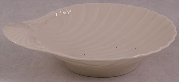 Irish Belleek Clam Shell Dish