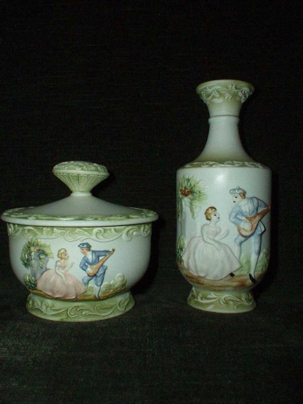 Porcelain Cover Powder Box with Matching Vase