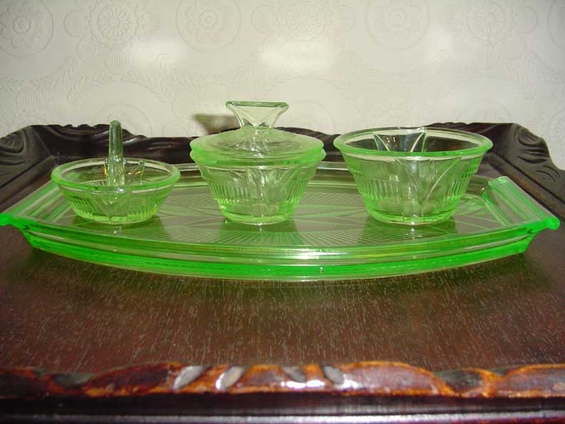 Old English Deco Tray Dresser Set