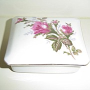 Moss Rose Pattern Powder Box