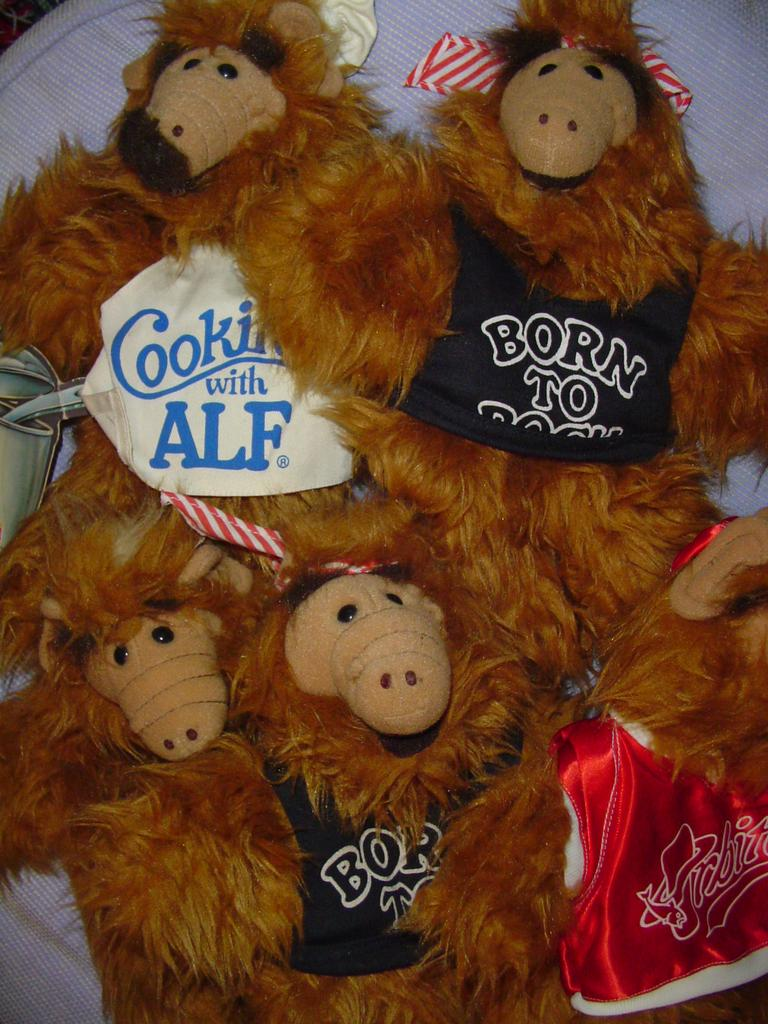 Lot  of 5 ALF 'Born to Rock'