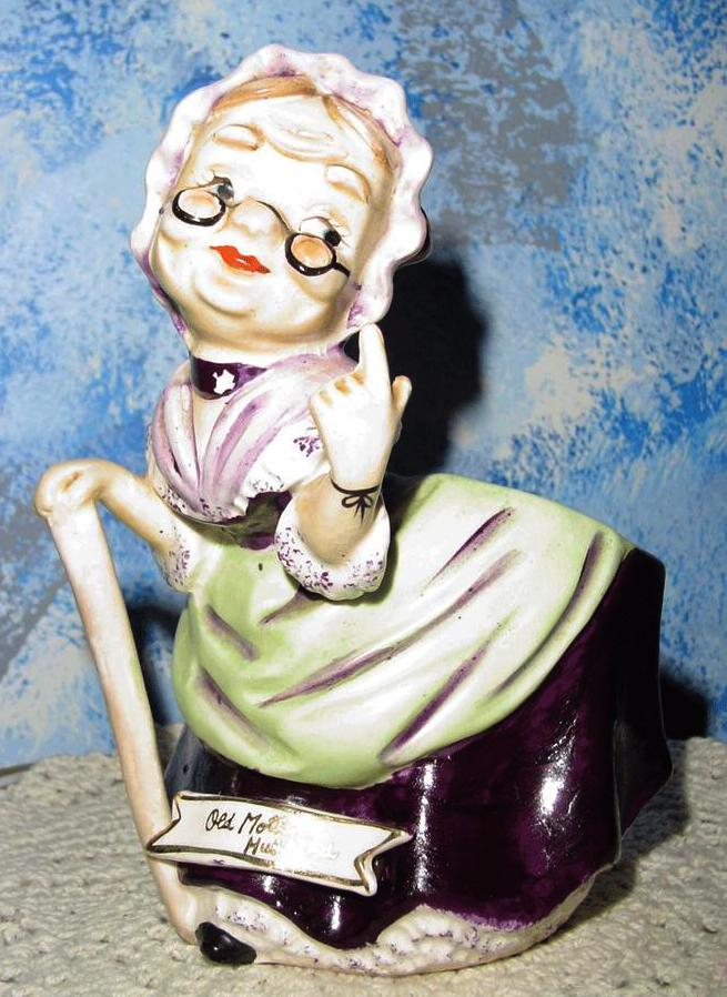 Old Mother Hubbard Vase