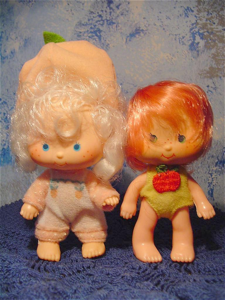 Strawberry Shortcake Family  Dolls Lot