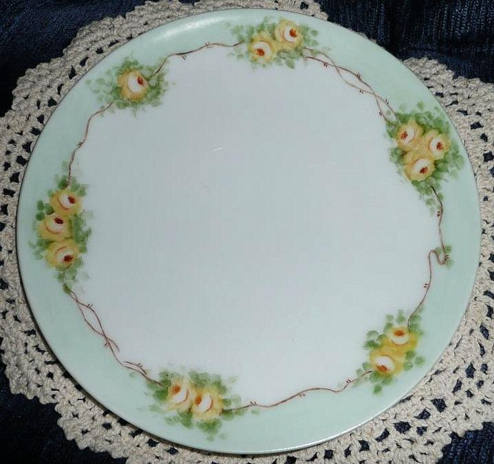 Bavaria Beautiful Yellow Roses Plate From