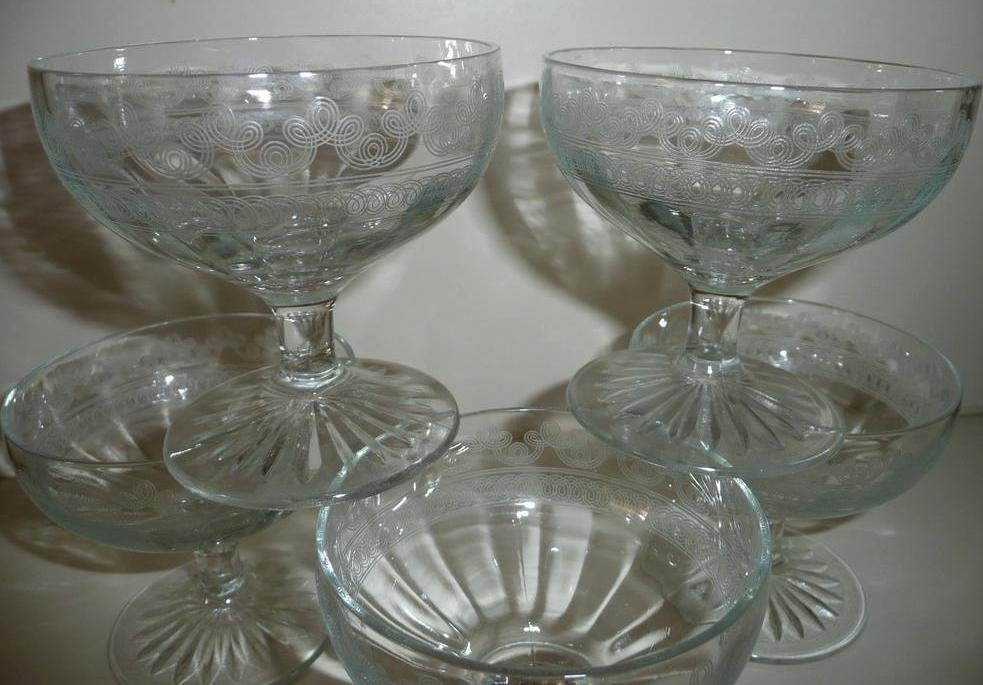 Beautiful Etched Glass Clear Glass Cups