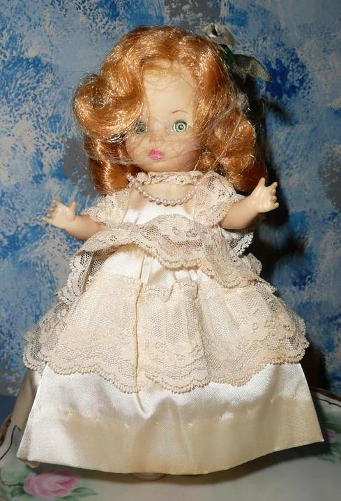 "1982 Ideal  9"" Wedding Girl Doll"