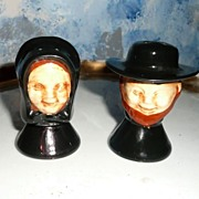 Quaker Set of Salt and Pepper Shakers