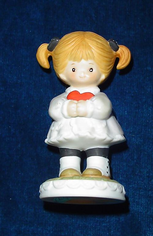 Enesco Little Girl with a Heart