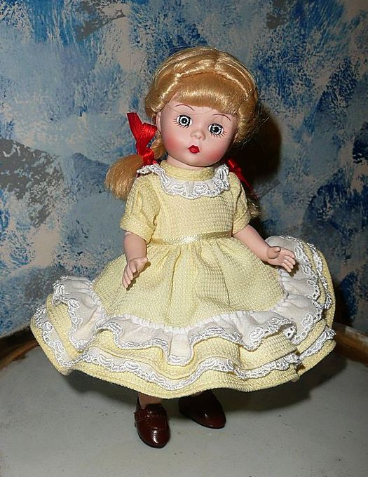 "Madame Alexander ""Charlotte's Web"" Doll #41955"