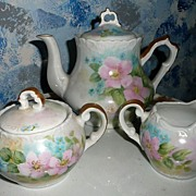 Beautiful Flower Set of Tea Pot Creamer and Sugar
