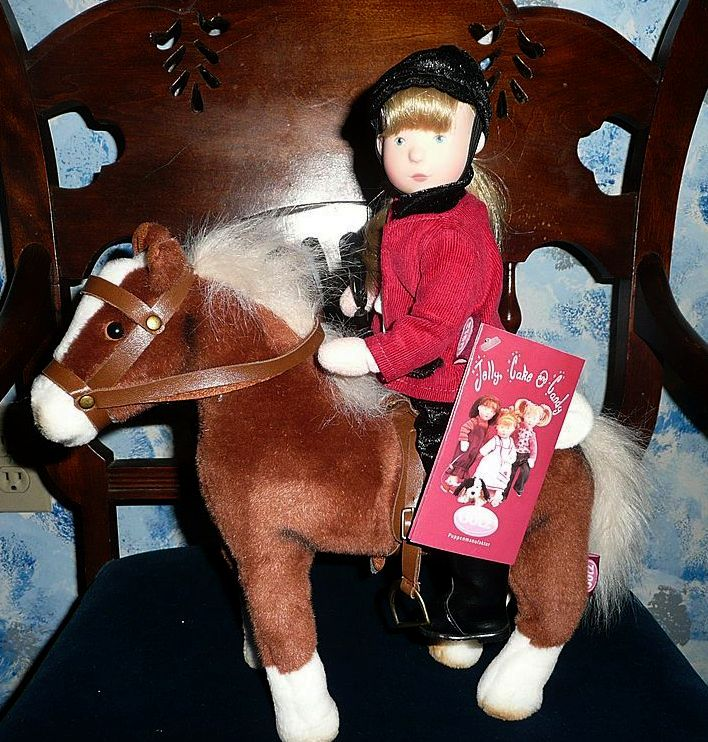 """Jelly, Cake & Candy"" Horse - Plush  *Retired"