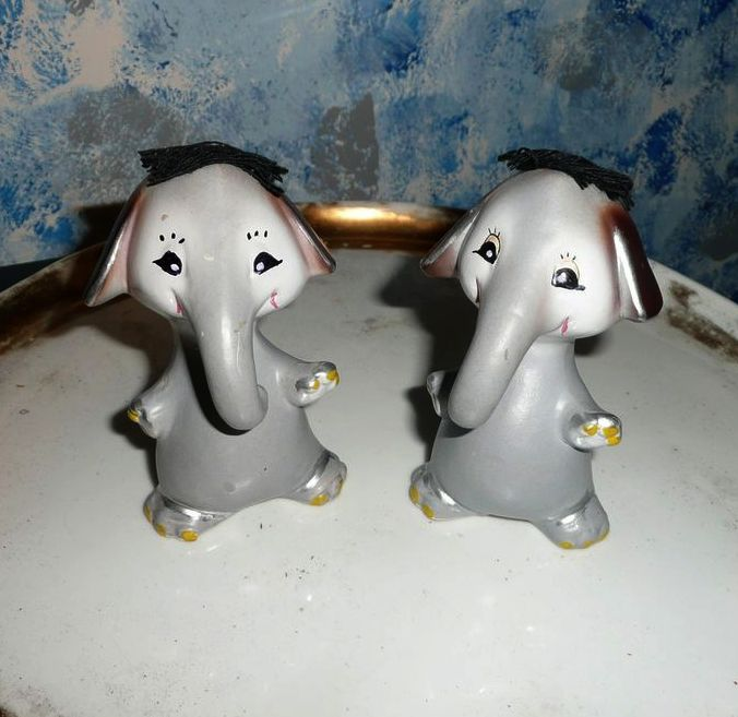 funny elephants salt and pepper shakers set sold on ruby lane