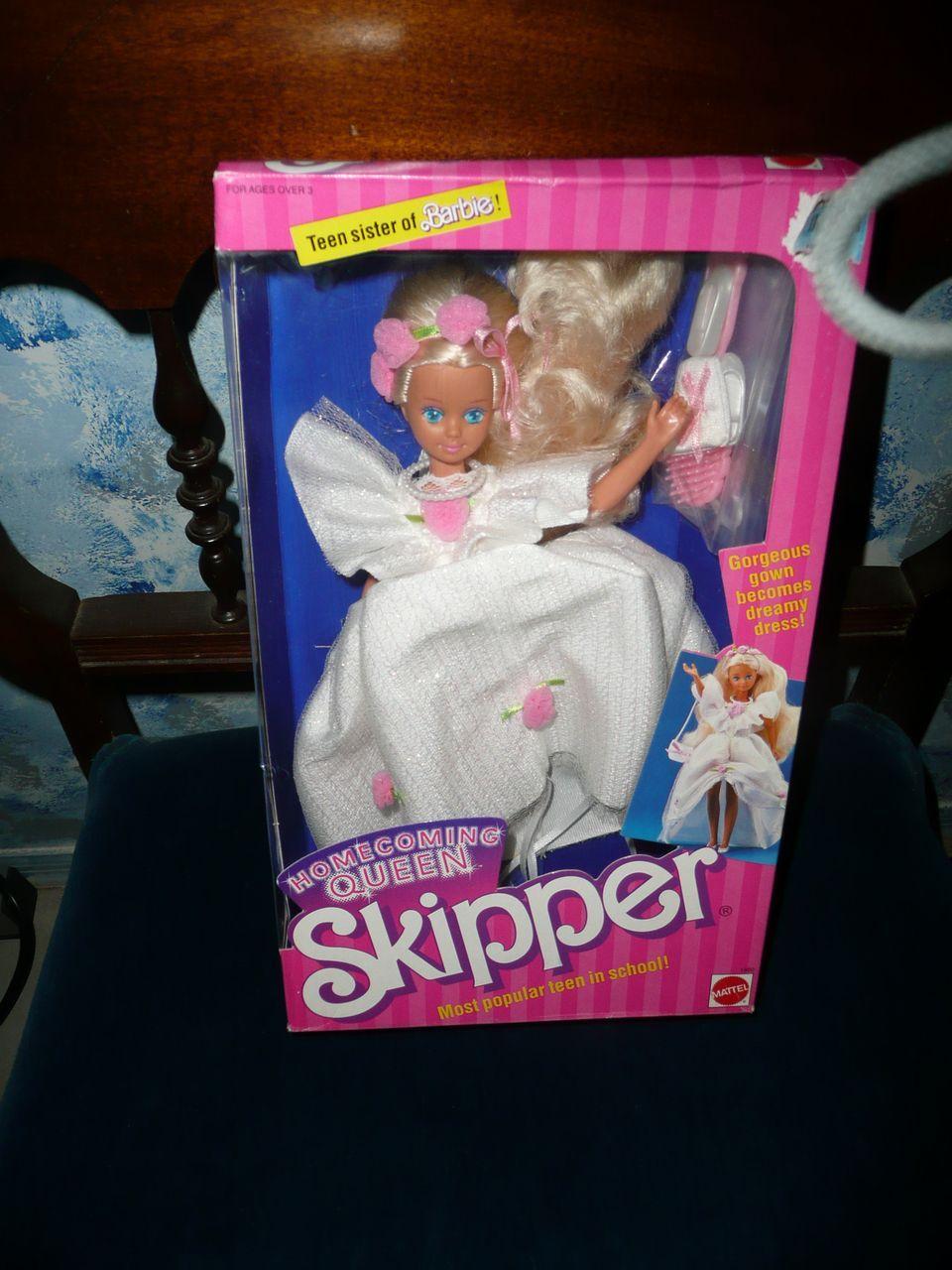 Mattel 1988 SKIPPER #33 Home coming Queen *NIB